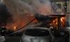 На Днепропетровской улице в Петербурге загорелись гаражи