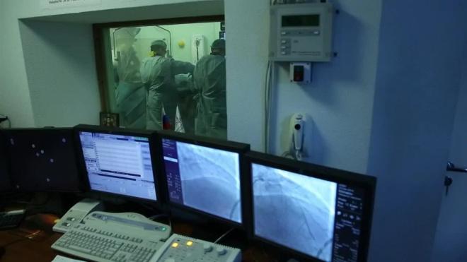 Врач из Александровской больницы ведет COVID-дневник в режиме реального времени