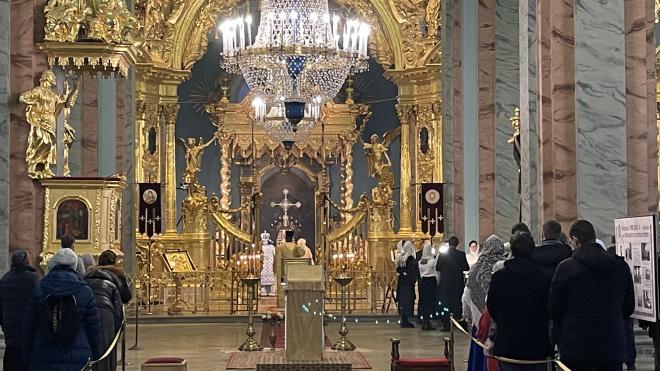 Митрополит Варсонофий передал в дар Петропавловскому Собору икону