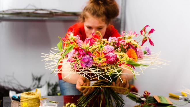 Флорист из Выборгского района завоевала медаль на чемпионате WorldSkills Russia
