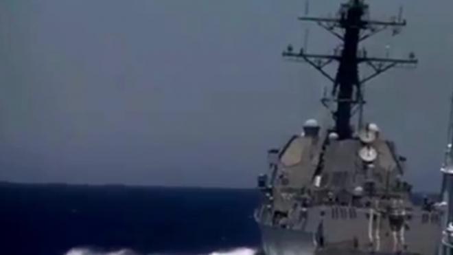 Самый дорогой авианосец в мире опозорил военных в США
