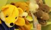 В Колпино трое мужчин украли из ларька коробку с игрушками