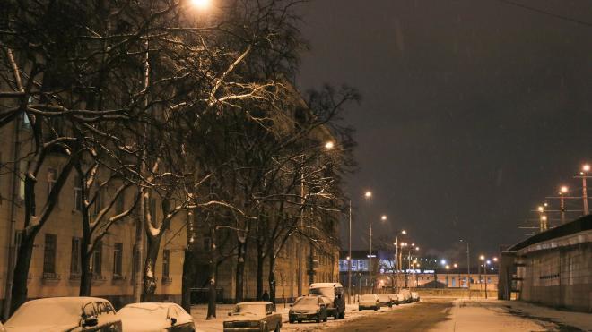 103 новых светильника появились на Кронштадтской улице