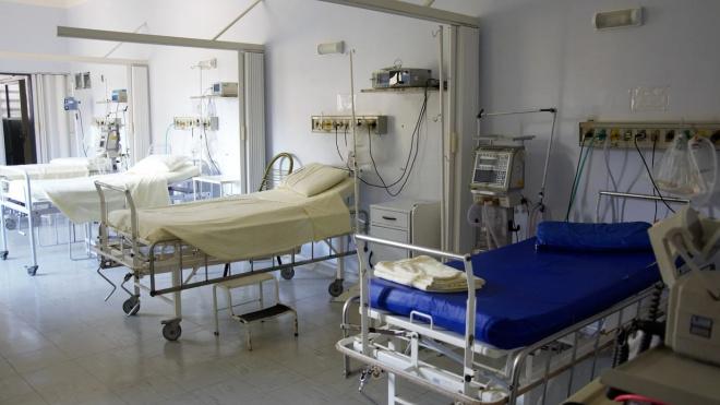 Число умерших от коронавируса в Петербурге превысило сотню