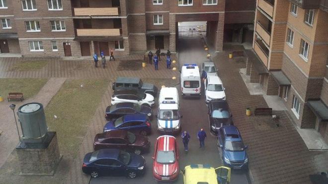 Мужчина разбился, выпав из окна на улице Шкапина