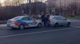 На перекрестке улицы Бабушкина такси столкнулось с автом...