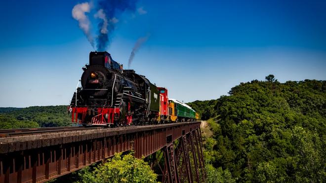 Пробные поезда по мосту через Амур в Китай запустят в конце 2019 года
