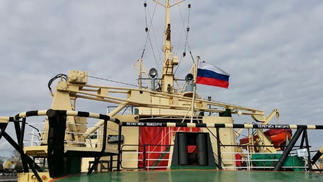 Фестиваль ледоколов прошел в акватории Невы