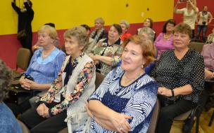 В Выборге чествовали ветеранов педагогического труда
