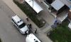 Очевидцы: в Девяткино девушка в желтом пальто выпала из окна
