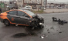 На пересечении Маршала Новикова и Автобусной в Петербурге каршеринг протаранил мусоровоз