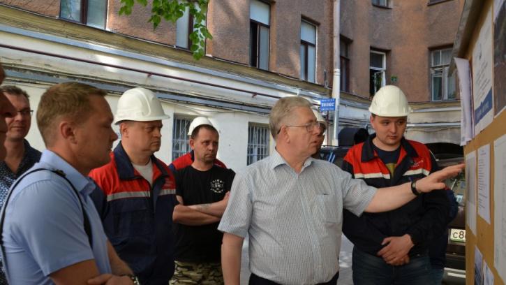 Председатель Жилищного комитета провёл субботний объёзд в Центральном районе Петербурга