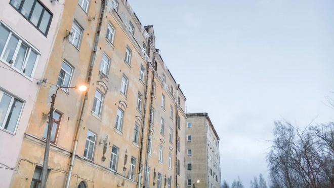 Администрация Выборгского района обязала управляющие организации и ТСЖ к своевременной уборке кровель от сосулек