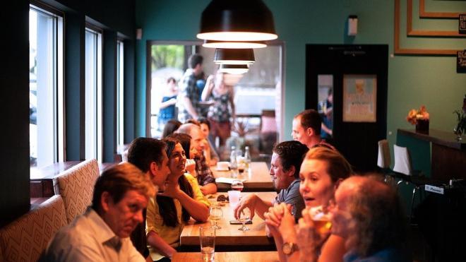 В Петербурге прошли рейды по ресторанам, которые просили о смягчении ограничений