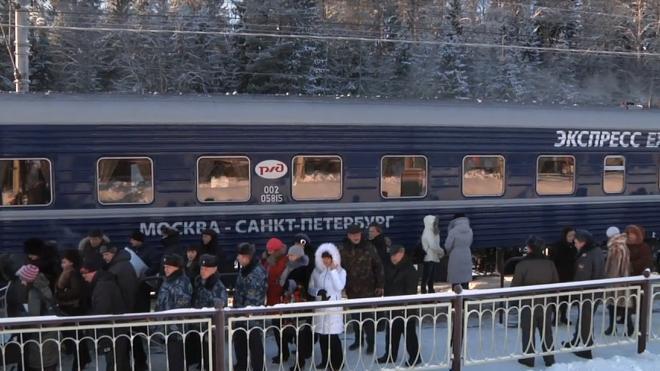 Петербургские вокзалы очистили от 6,4 тысячи кубометров снега
