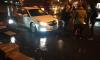 На проспекте Науки такси сбило петербурженку в темной одежде
