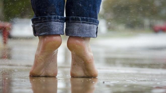 Невролог перечислила болезни, о которых говорят холодные ноги