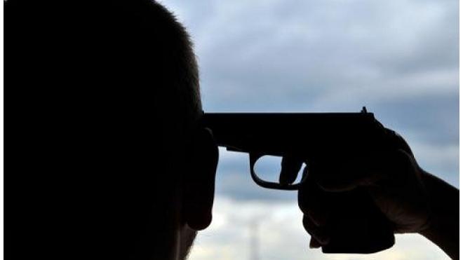 Замначальника ОМВД Свиблово выстрелил себе в голову и выжил