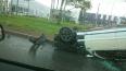 Mercedes перевернулся на крышу в аварии на Руставели