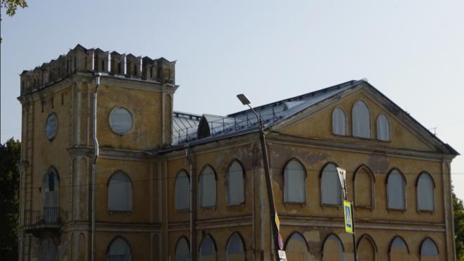 """В """"Готическом доме"""" на улице Чекистов откроют культурно-досуговый центр"""