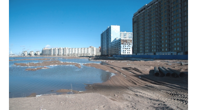 СМИ: высотные дома на намывеВасильевскогоостровавозводятся в обход законодательства