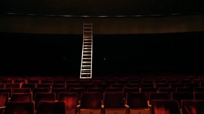 Глава петербургского Роспотребнадзора сообщила, когда откроются театры