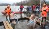 Больше 25 тысяч верующих приняли участие в крещенских купаниях в Петербурге