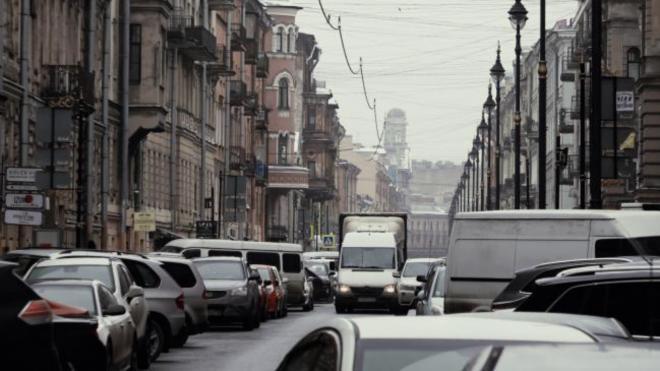 Платную парковку на Рубинштейна оплатили более 1,7 тысячи автомобилистов