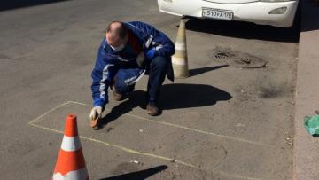 Договор с субподрядной организацией, которая убирает дворы в Приморском районе, будет расторгнут