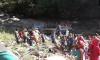 В Индии автобус сорвался в ущелье, 33 человека погибли