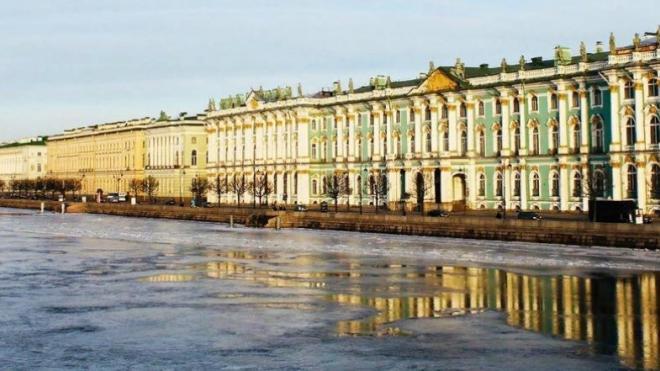 Эксперты объяснили, почему вода в Неве не замерзла почти при -30 градусах