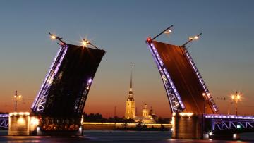 Во время репетиций парада ВМФ пройдет внеплановая разводка мостов