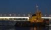 Петербуржцев предупредили о внеплановом разводе моста Александра Невского