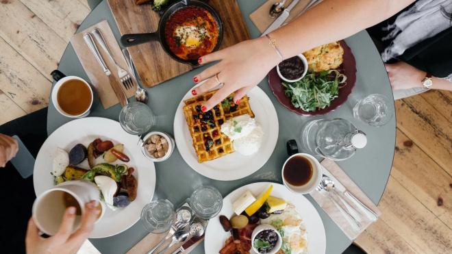 Петербургский ресторатор передумал открывать свое заведение с 15 апреля