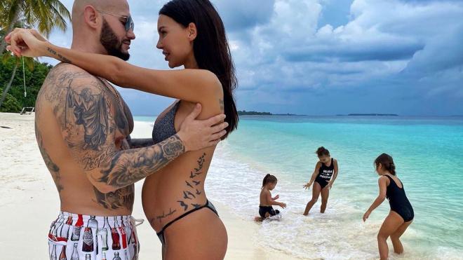 Жена Джигана подтвердила свою четвертую беременность