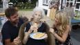 Столетняя британка назвала любимое блюдо секретом ...