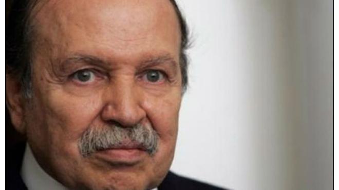 Президент Алжира попал в больницу во Франции