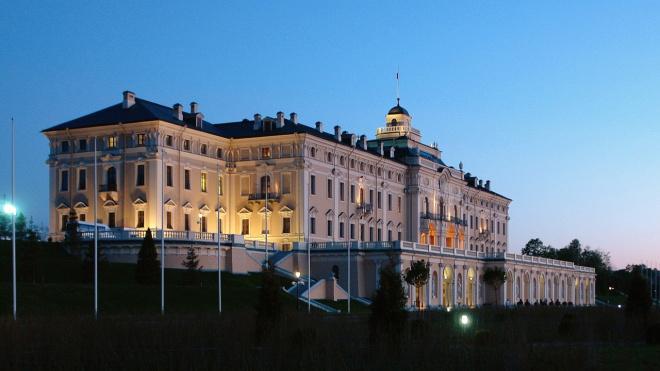 Вечерние экскурсии в Константиновский дворец