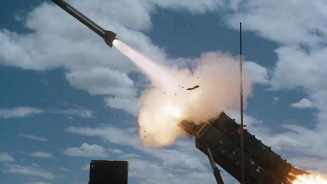 В Эстонии предложили направить ракеты на Петербург