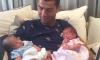 Роналду показал новорожденных двойняшек