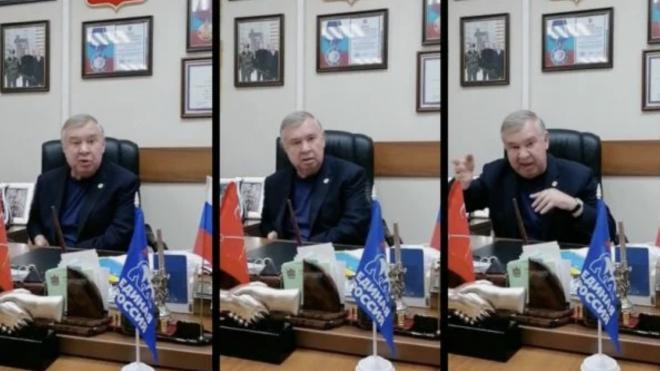 Депутат ЗакСа обругал журналиста за внимание к продуктовым наборам