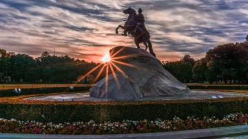 Александр Беглов обозначил стратегию развития Петербурга