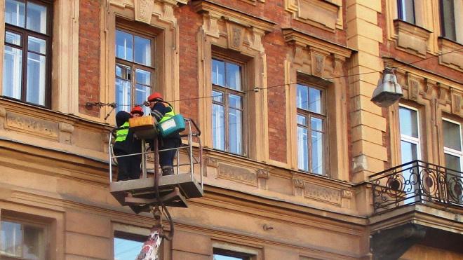 На Чкаловском проспекте обновят систему наружного освещения
