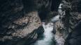 В Крыму петербурженка провалилась в расщелину гор: ...