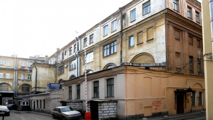 Бондаренко проверил содержание фасадов в центре Петербурга