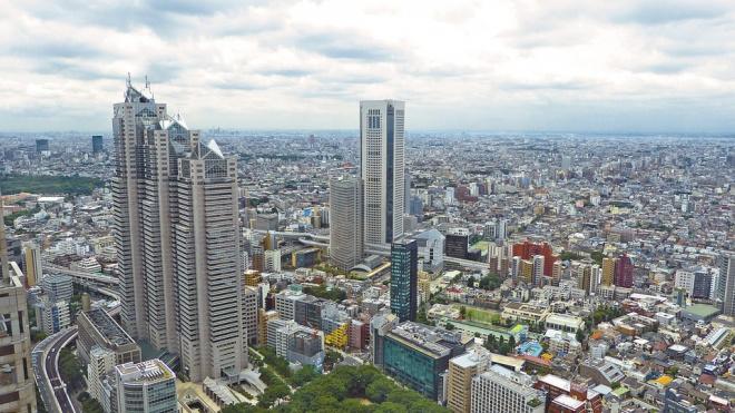 Япония: В Токио арестован россиянин за граффити у императорского дворца
