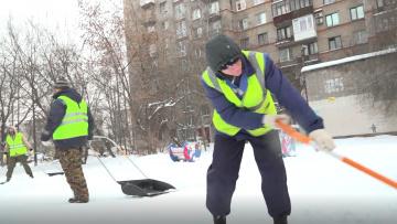 Дорожные службы Петербурга вывезли за сутки 73 тысяч ...