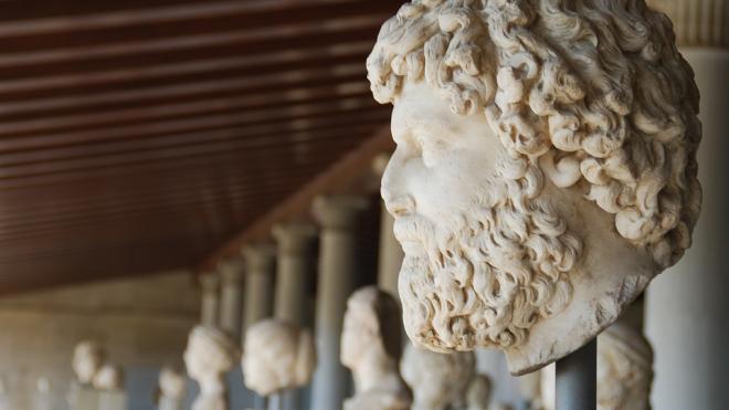 В Петербурге задержан вандал, сломавший скульптуру в Доме Кирилловых