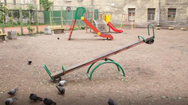 Вспышка сальмонеллеза в Петербурге: печально известный детсад №53 снова работает