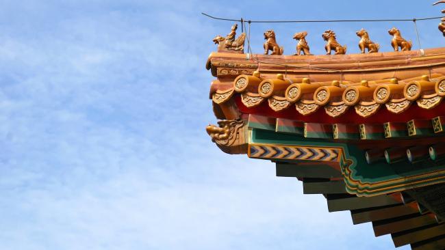 Из-за ковида школьникам Пекина вновь разрешено перейти на домашнее обучение